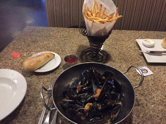 Latham, NY: Mussel Monday