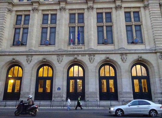 Rue des ecoles paris quartier latin restaurant