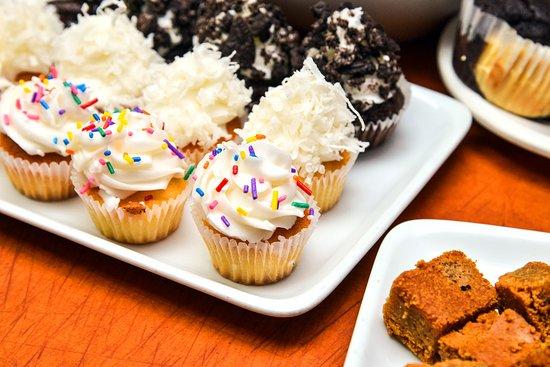Timonium, Maryland: Baby Cupcakes