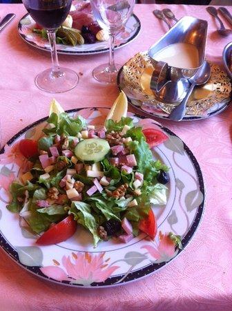 Boustigue Hotel-Restaurant : Salade dauphinoise