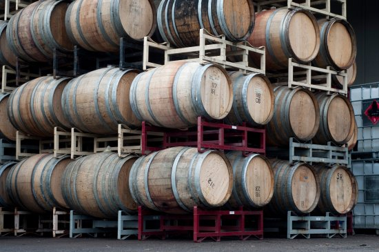 Carlton, OR: Wine barrels at Laurel Ridge