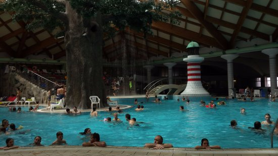 Catez, Eslovenia: Piscina termale interna