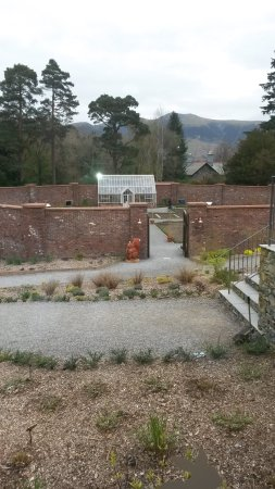 Portinscale, UK: Walled garden from cafe