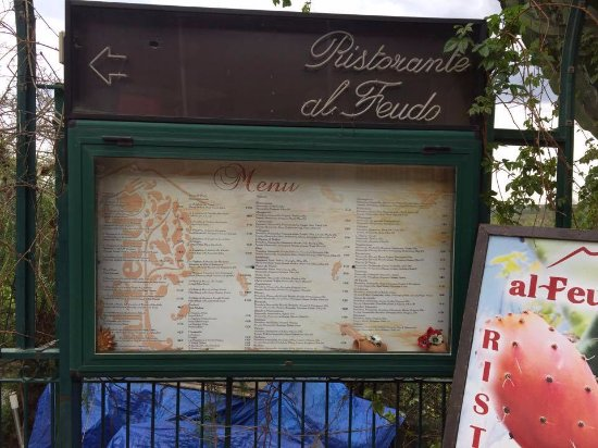 Trappitello, Italia: Al feudo menù esterno