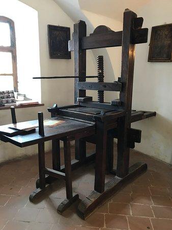 Prima Scoala Romaneasca: old printer