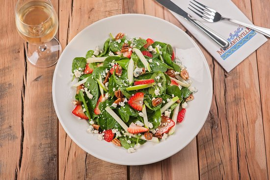 Uncasville, CT: Spinach and Strawberry Salad