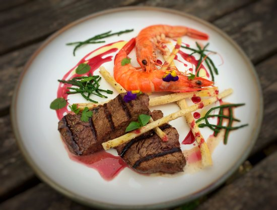 Polbathic, UK: Surf & Turf special