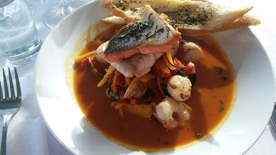 Sea Glass Waterfront Grill: Cioppino which is a fish stew