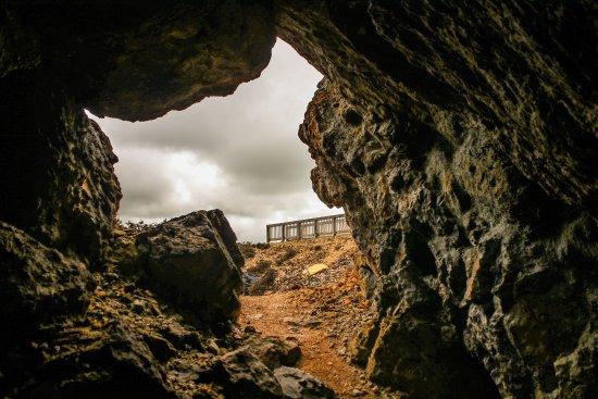 Amlwch, UK: Caves