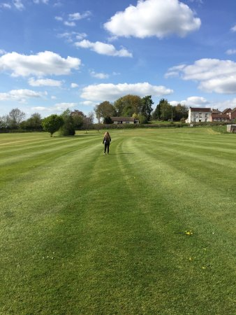 Highley, UK : Foot golf and the driving rage.