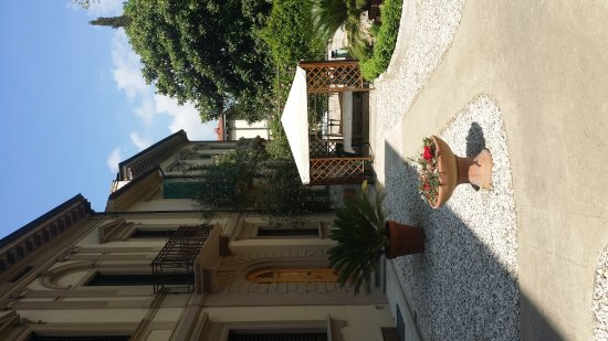 Instituto Suore Di Sant' Elizabetta: 20170414_141733_large.jpg