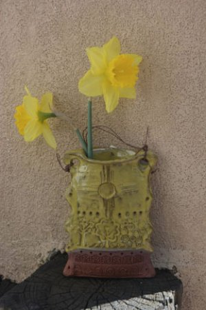A Pocket Vase To Either Stand Or Hang Is Perfect For Spring