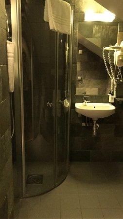 Rex Hotel: baño