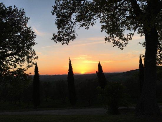 Monticchiello, Italia: Ecco cosa si può ammirare da questo meraviglioso posto. Accoglienza fantastica, colazione super,