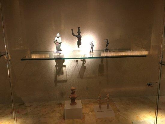 מוזיאון הכט, אוניברסיטת חיפה: photo0.jpg