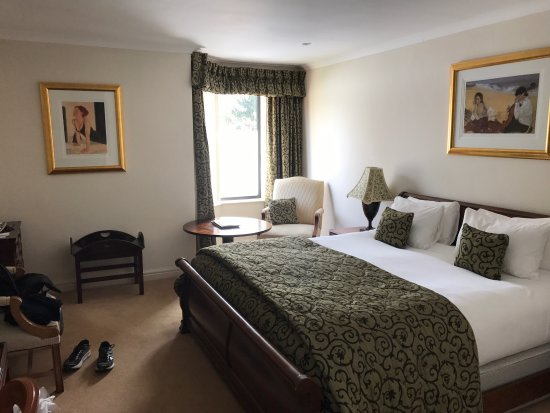 Berkswell, UK: Spacious and clean Room 4 and ensuite