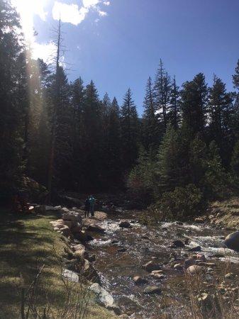 Foto de Boulder Brook on Fall River