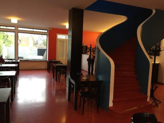 Kavarna Era : Restaurant interior