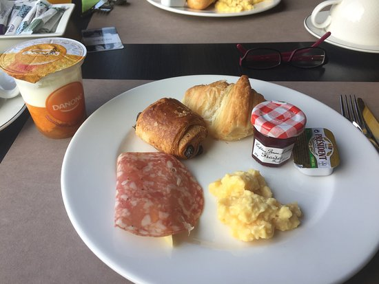 Mercure Reims Centre Cathédrale : Breakfast