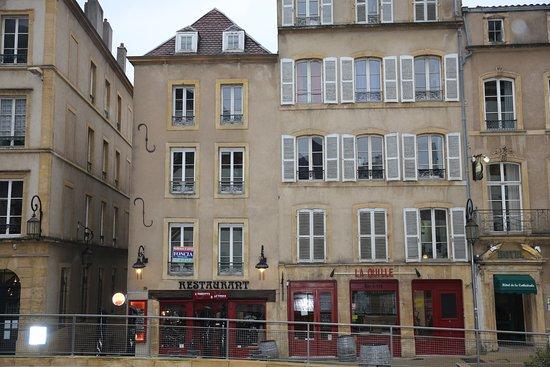 Metz fra restaurant l 39 assiette le verre 29 place de chambre photo de l 39 assiette et le - Restaurants place de chambre metz ...