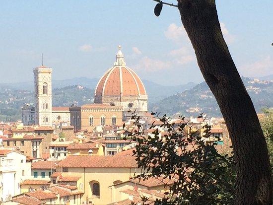 Hotel Balcony: Uitzicht op de dom van Florence