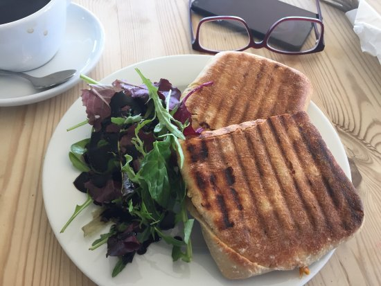 Cranbrook, UK: Roasted Vegetable Panini