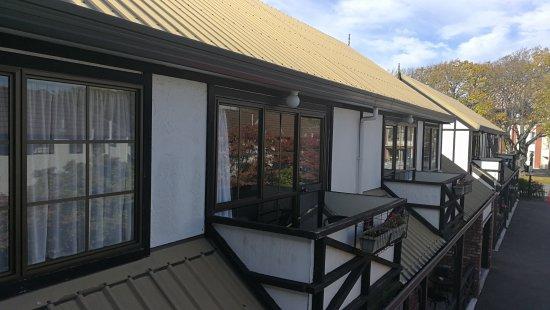 Tudor Court Motel: IMG_20170419_104525_large.jpg
