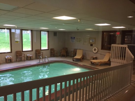 Mishawaka, IN: Pool
