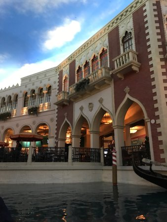 Gondola Rides at the Venetian : photo1.jpg