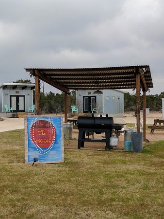 The Liney Moon Lodge Reviews Dripping Springs Tx