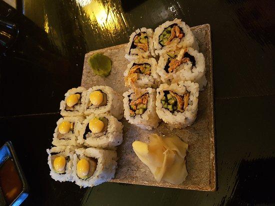 Yamagoya : Tuna roll and BC roll