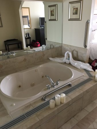Absecon, NJ: King room suite with Jacuzzi.  This was the romantic tub separate from the bathroom and separate