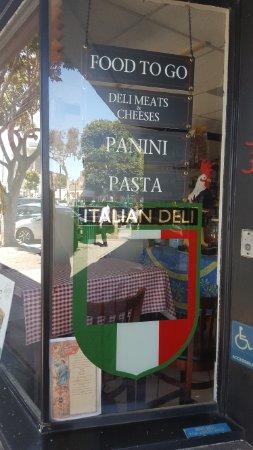 Angelo's Italian Deli : дели