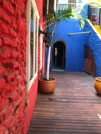 Restaurante Bar Donde Socorro Sea Food: Entrada Colorida