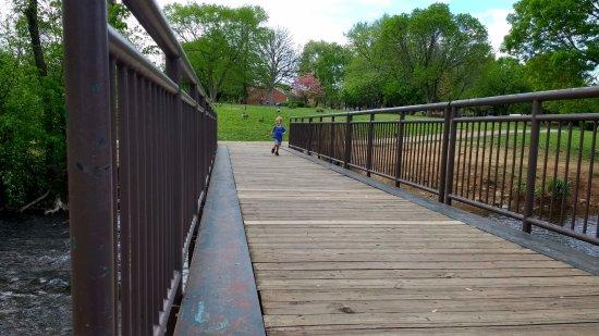 Saint Matthews, KY: The walking bridge over the stream