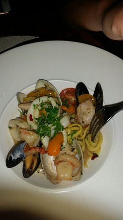 Savory casual cuisine, good variety, impeccable service