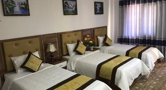 Vang Vieng Boutique Resort : Deluxe Family room With Garden view