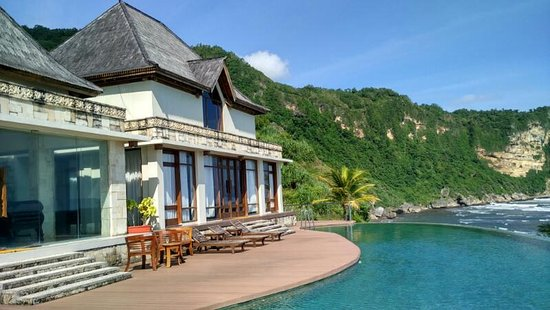 Queen Of The South Resort Updated 2018 Prices Reviews Parangtritis Indonesia Java Tripadvisor