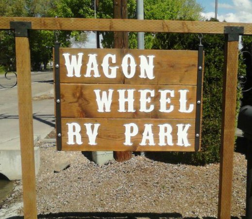Mountain Home, ID: Welcome to Wagon Wheel RV Park.