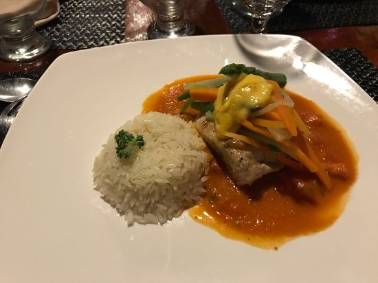Hotel Las Caletas Lodge: Fresh caught fish dinner