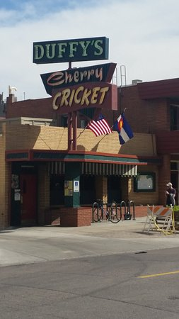 Cherry Cricket: The entrance