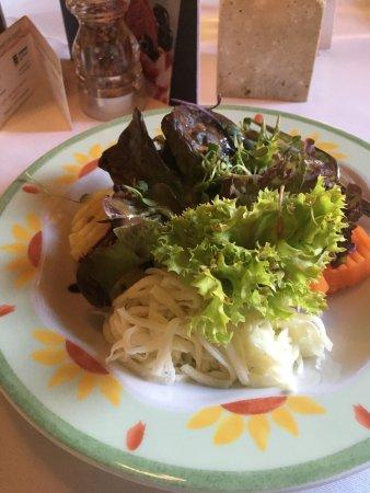 Feuchtwangen, Jerman: Beilagensalat