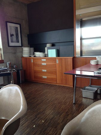 das sch llmann 39 s picture of schoellmanns bar kueche. Black Bedroom Furniture Sets. Home Design Ideas