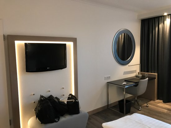https://cache.carlsonhotels.com/galleries/radblu/hotels/cities/Dortmund506x506.jpg