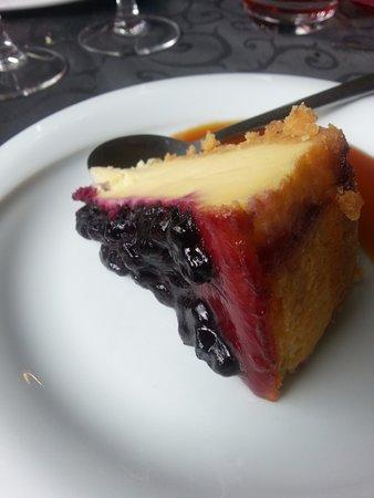 Nantua, Frankrike: Cheese cake à la myrtille