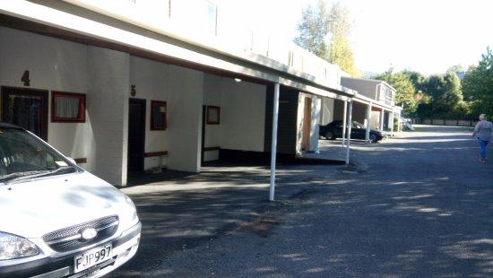 Hanmer Springs, Nova Zelândia: parking space.