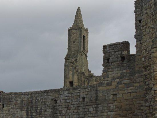 Warkworth, UK: Walled fort