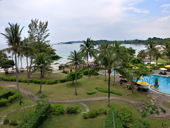 A wonderful 3days 2nights staycation with Angsana Bintan in their Suite. Was personally serve by