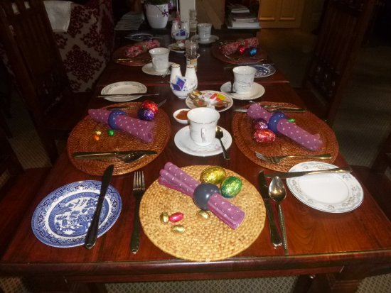 Lurline House: Easter Breakfast