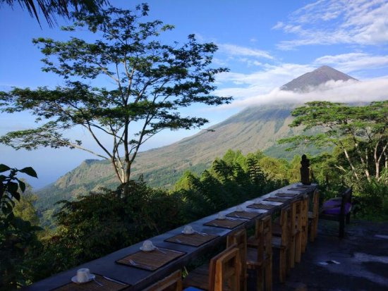 Bajawa, Indonesien: Inerie Mountain view
